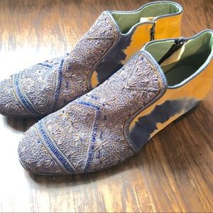 Meher Kakalia - The Queen Boot